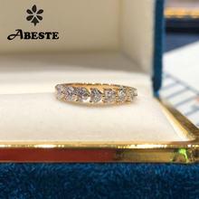 Женское кольцо из 18 каратного желтого золота с бриллиантами