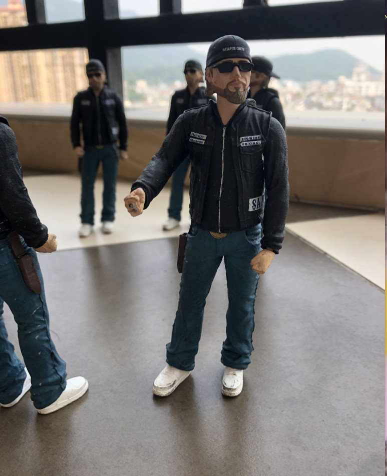 Original MEZCO Garage Kit 6'' Sons of Anarchy JAX Joints Doll Action Figure Collectible Model Toy for gifts