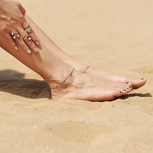 Женские браслеты на ногу USTAR, браслеты на ногу из нержавеющей стали с бусинами, летние пляжные сандалии