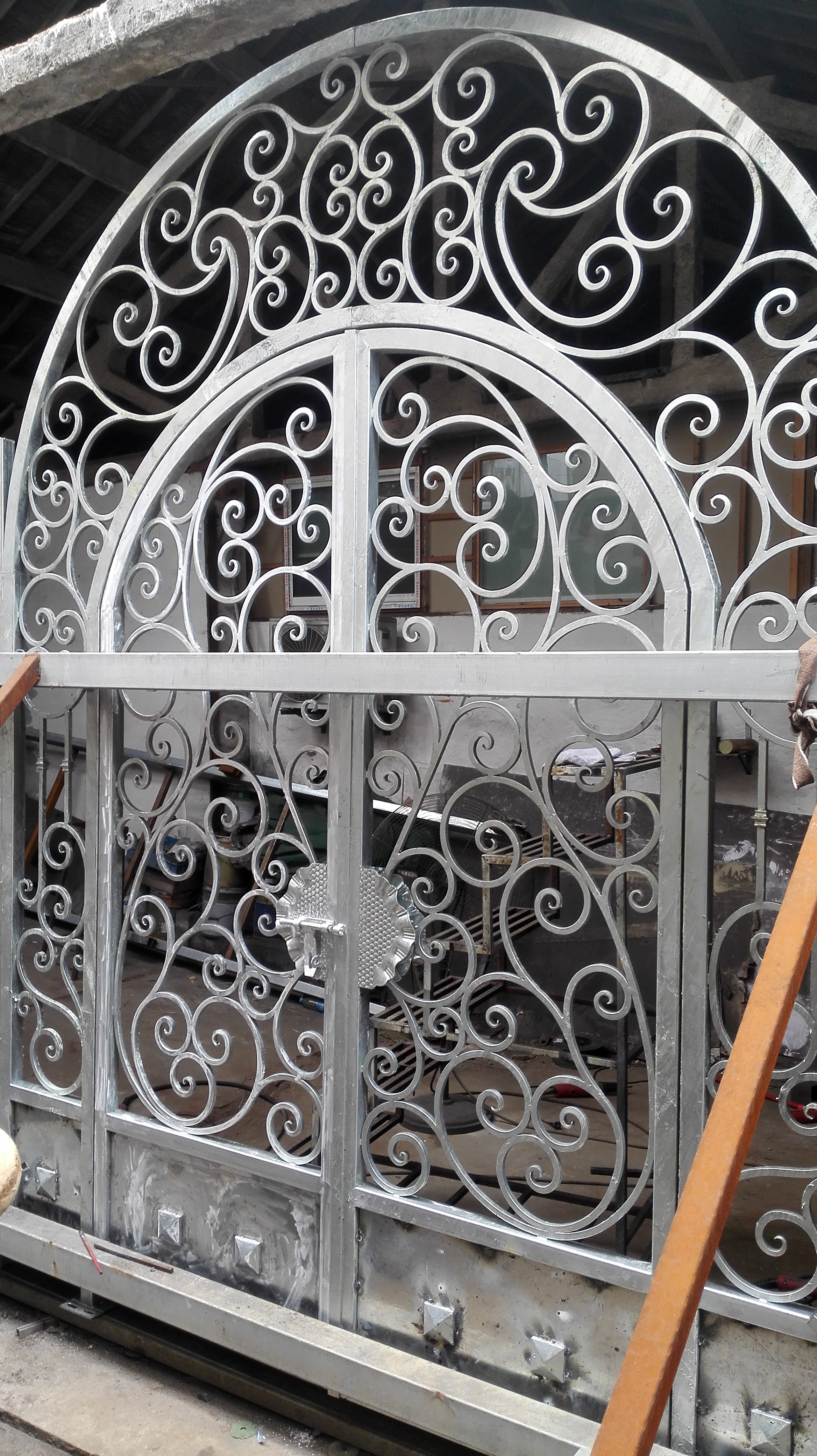Shanghai Hench Brand China Factory 100% Custom Made Sale Australia Iron Works Security Doors
