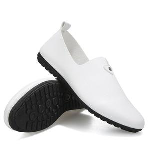Image 5 - Moda concisa ocio hombres mocasines ligeros lisa, primavera otoño zapatos planos de conducción clásicos Soft ComfySlip en zapatos