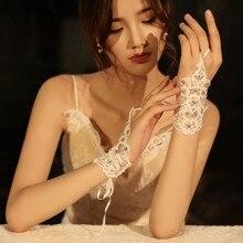Стразы перчатки с бусинами Свадебные Длина запястья Короткие свадебные перчатки короткие кружевные свадебные перчатки без пальцев SFG28