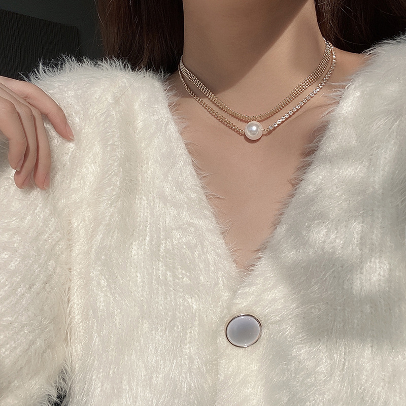 European and American Light Luxury Fashion Necklace with Rhinestones Wide Side Double Pearl Clavicle Chain
