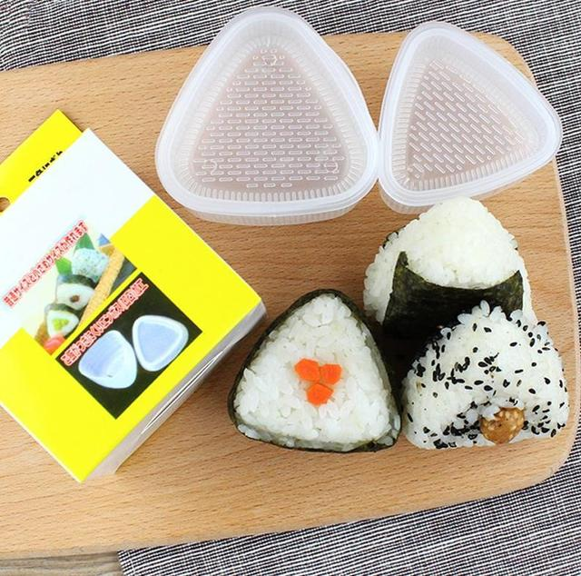 4PCS/Set DIY Sushi Mold Onigiri Rice Ball Food Press Triangular Sushi Maker Mold Sushi Kit Japanese Kitchen Bento Accessories 1