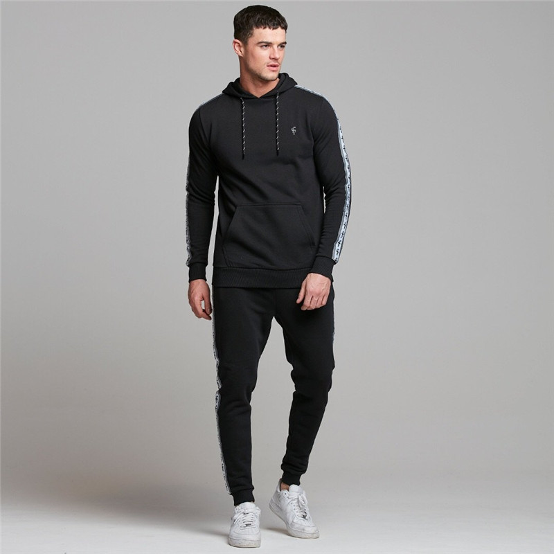 2019 Men Outdoor Fitness Tracksuit Men Brand Hoodies+pants Suit Autumn Running Training Trendy Breathable Clothing