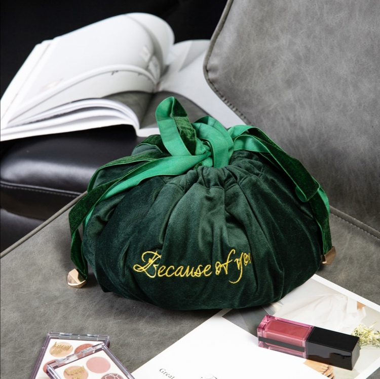 velvet travel bags (5)