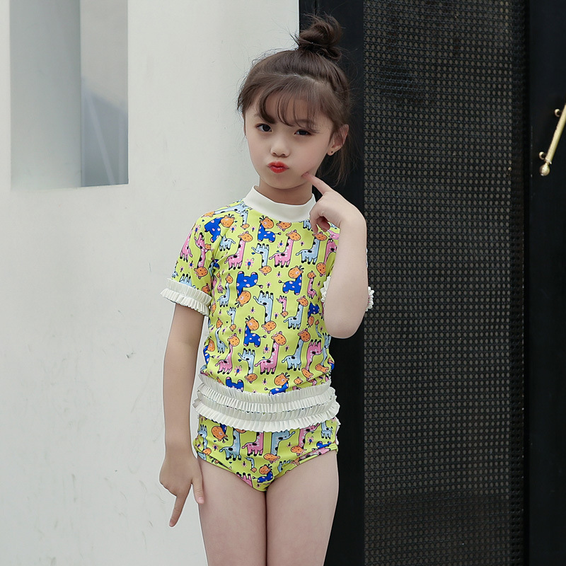 South Korea New Style Girls Cute Floral-Print Mock-Neck Half Sleeve Split Type Triangular Bathing Suit