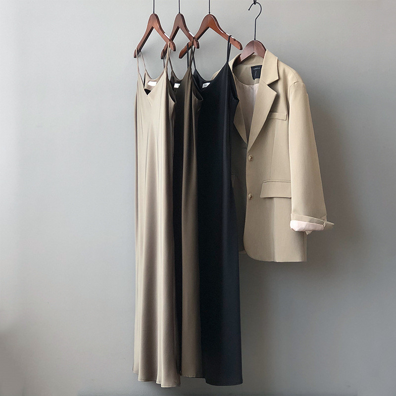 New Arrival Women V-Neck Sleeveless Women Dress Y5702 Vintage Satin Summer Long Dress Boho Elegant Women Casual Dress Vestidos (21)