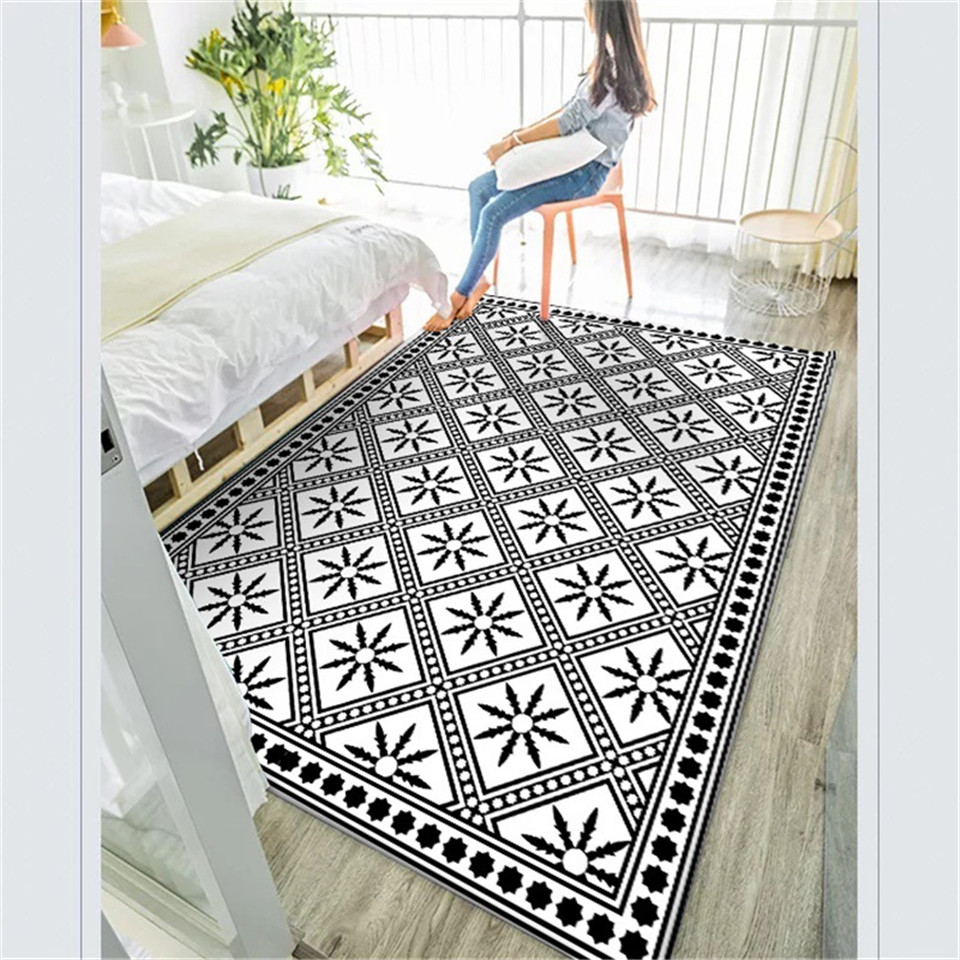 Wishstar Modern Simple Fashion Black White Carpet Geometric Pattern Carpet Rugs Bed Side Long Rug Anti Slip Carpet Entrance