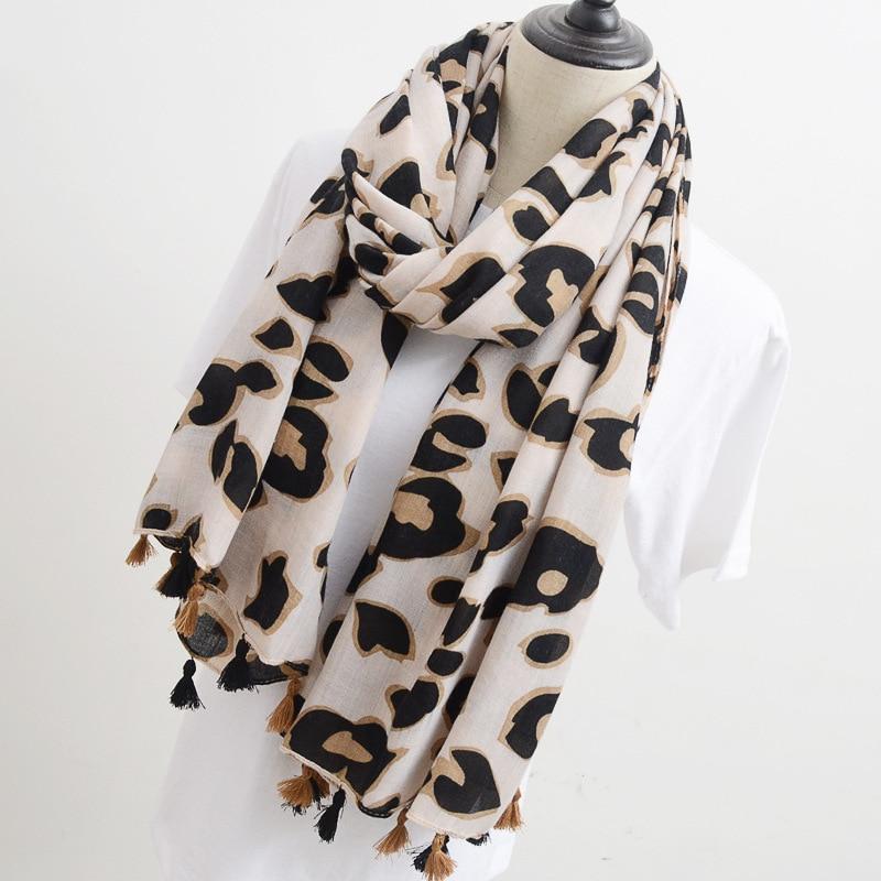 2020 Latest Women Leopard Scarf Girl Animal Printed Long Scarf Soft Cape Shawl Wrap Summer Beach Scarf with Tassels