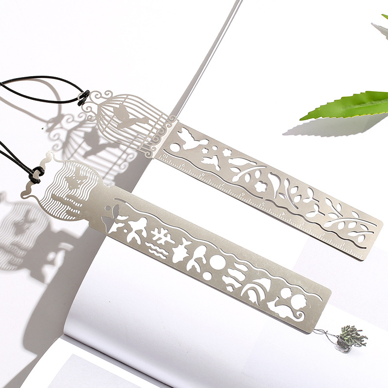 Cute Kawaii Creative Animal Hollow Metal Bookmark Ruler For Kids Student Gift School Supplies Free Shipping