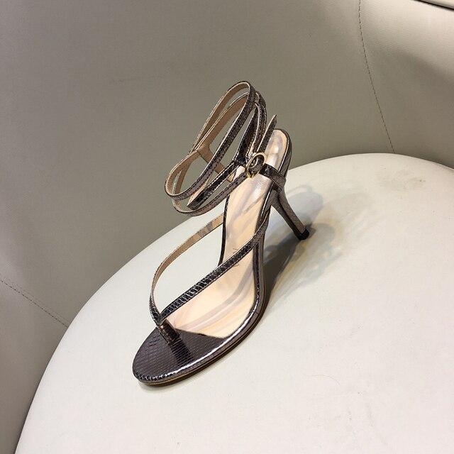 Szczypta wężowej kobiety sandały prawdziwej skóry Peep Toe buty na cienkich wysokich obcasach klamra na kostce pasy piękna dama wysokie modne sandały