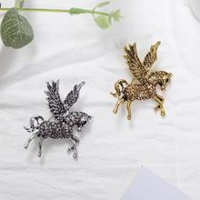 Hot Retro Pegasus Brooch New Animal Rhinestone Banquet Party Brooch Gifts Lovely Pegasus Corsage Gifts велосипед pegasus d3a 2015