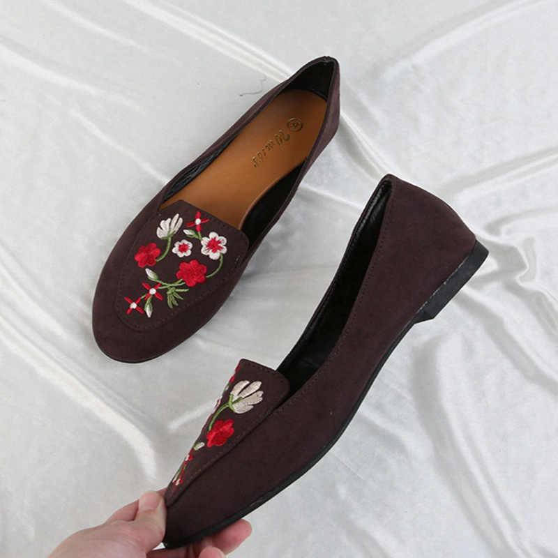 2019 ฤดูร้อนฤดูใบไม้ร่วงใหม่แฟชั่นรอบหัวเย็บปักถักร้อยรูปแบบเดียวรองเท้าปากแบนตื้นปากแบนรองเท้าผู้หญิง