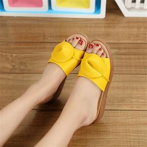 Image 5 - BEYARNE נשים סנדלי כפכפים כפכפים אופנה פלטפורמת סנדלי עור Wedeges נעלי עקבים חוף שקופיות נעלי נעליים