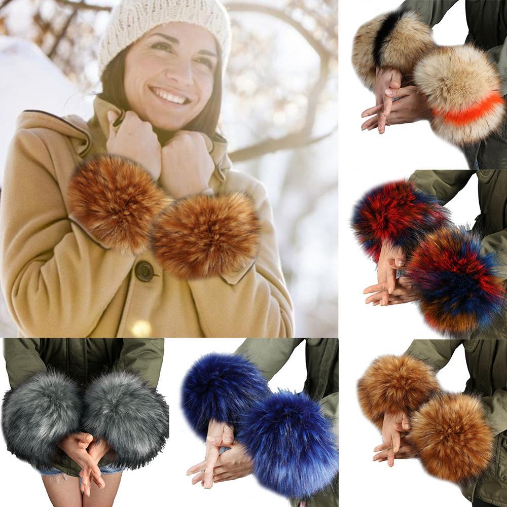 APair Of Imitation Fur Wrist Set Faux Fur Wrist Cuffs Warm Sleeve Bracelet Wrist Set Elegant Ladies Coat Wrist Gloves Sleeve Arm