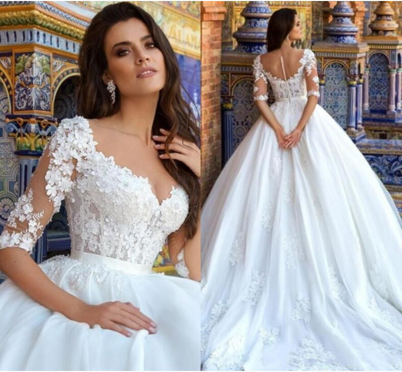 Princess Ball Gown Wedding Dresses With Sleeves White Arabic Wedding Gowns With Appliques Romantic Plus Size Bridal Dress 2019