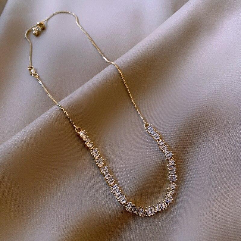 Korea New Design Fashion Jewelry Luxury Shiny Zircon Necklace Stretchable Adjustable Feminine Clavicle Necklace