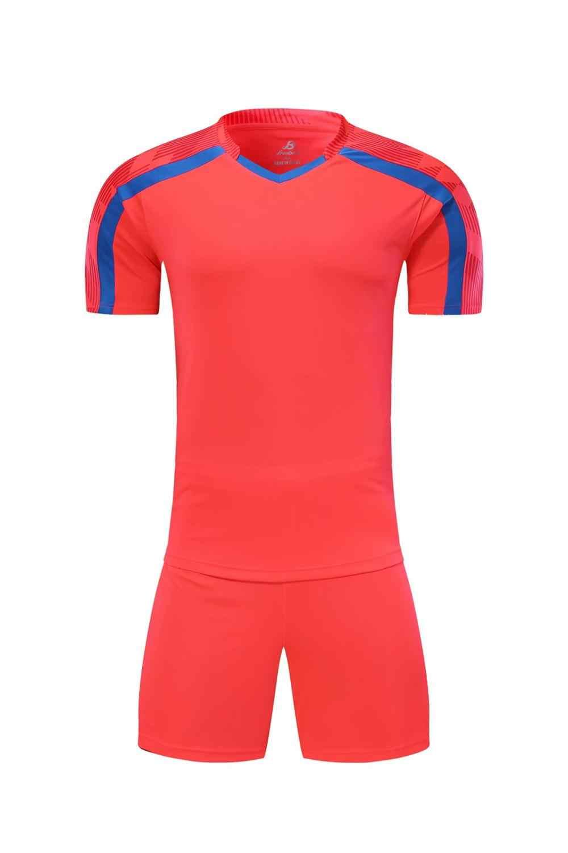 Mannen korte mouwen rood voetbal jersey set groene voetbal uniform blauw kids voetbal shirt aangepaste naam nummer