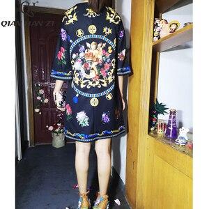 Image 3 - צ יאן האן זי 2019 מעצב אופנה סתיו שמלת נשים 3/4 בציר פרח הדפסת נצנצים חרוזים Loose שמלה