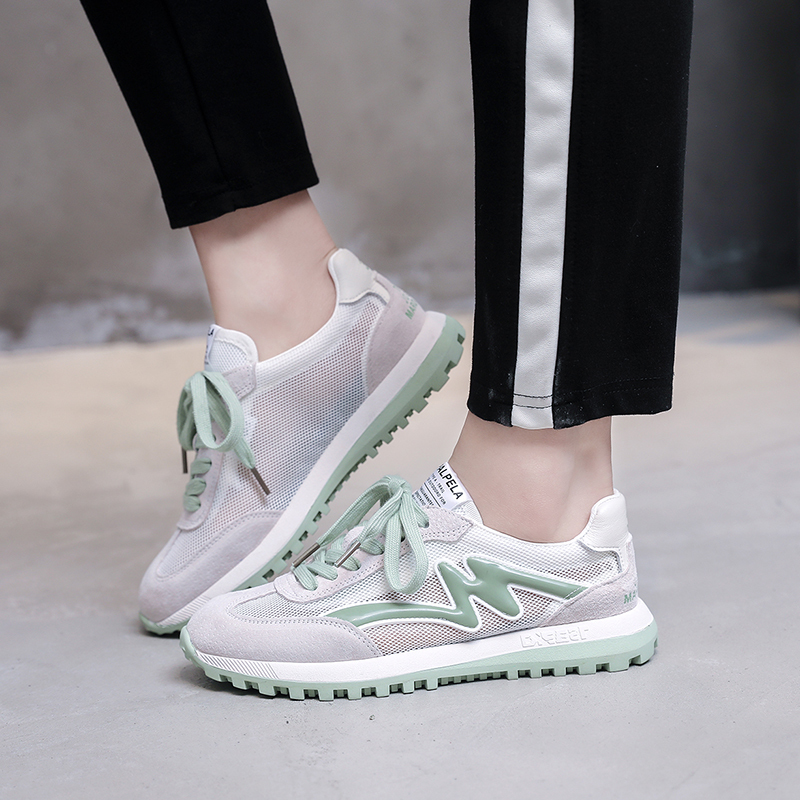 2020 Lightweight Adult Women Golf Shoe Women Leisure Sport Sneaker Lady Mesh Breathable Golfing Shoes Training Sneakers
