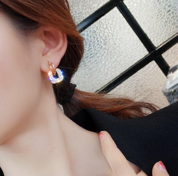 Alla moda Coreano Orecchini Di Cristallo di Colore Dell'oro In Lega di Zinco Classic Geometrica Donne Ciondola Gli Orecchini a pendaglio Per Femminile Dei Monili Del Rhinestone