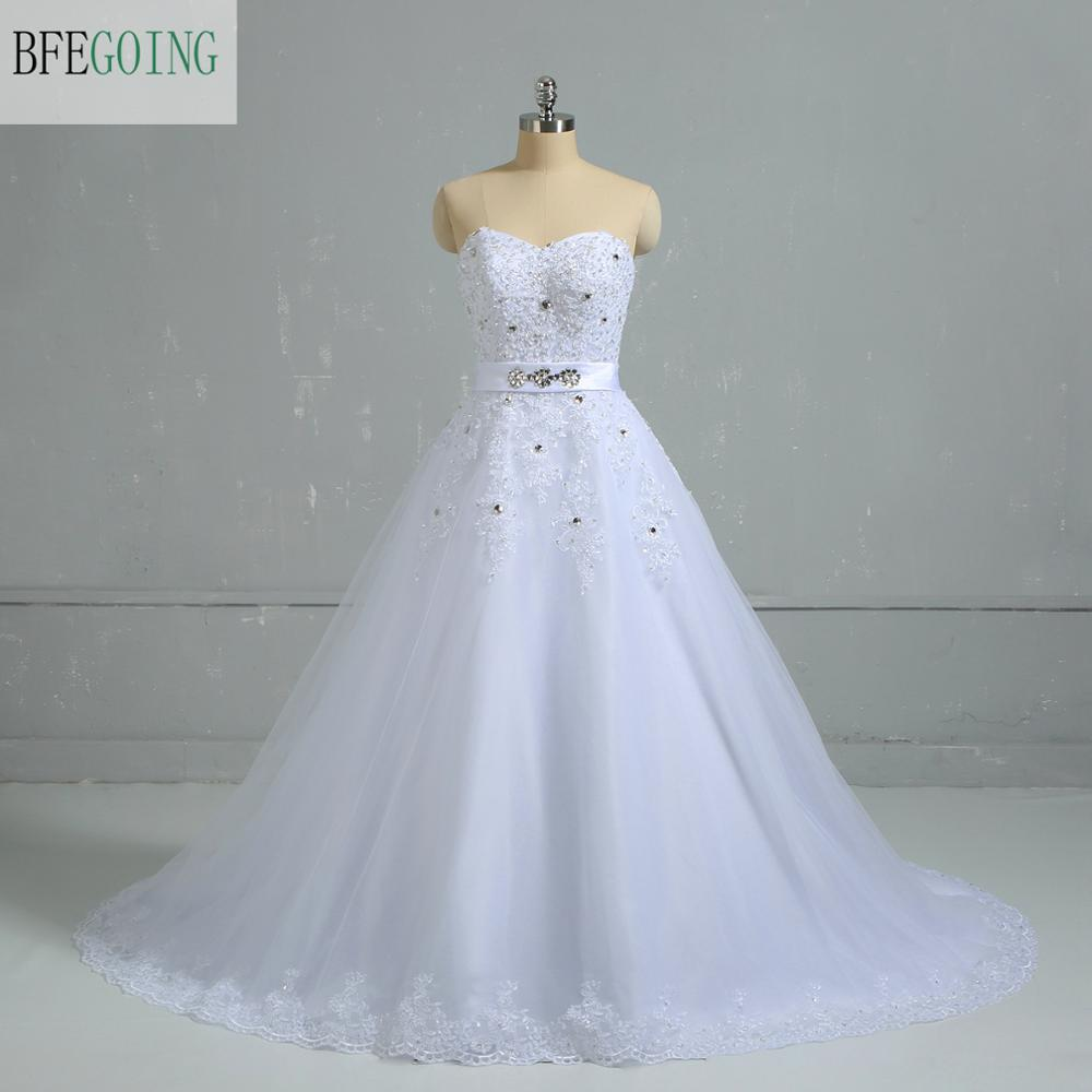 White Tulle Lace Appliques Beading  Sweetheart Floor-Length A-line Wedding Gown Chapel Train Bridal Dress