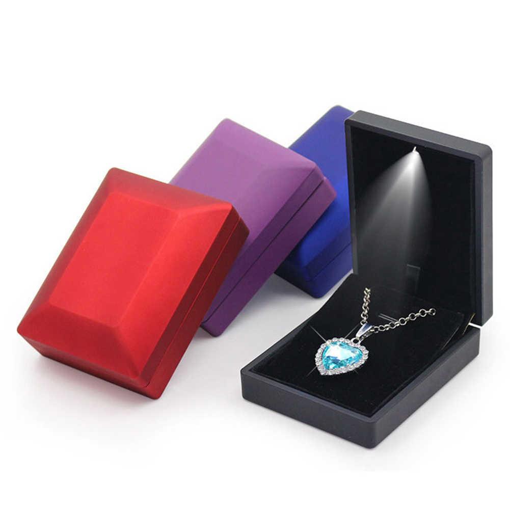 الأزياء LED مضاءة قلادة القرط قلادة عصابة الإسورة سوار صندوق تخزين الزفاف الخطوبة مجوهرات عرض حامل حالات
