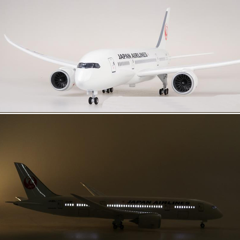 47CM 1/130 Scale Airplane Japan Airline Boeing B787 Dreamliner Plane Model With Light Wheels Plastic Resin Plane For Collection