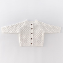 Куртка для новорожденных; куртка; Одежда для маленьких девочек; Однотонный вязаный свитер с длинными рукавами; кардиган; топы; куртка принцессы; весенне-осенняя одежда
