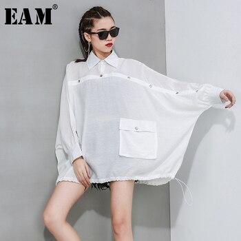 [EAM] Donne Bianco Breve Pulsante Split Big Size Camicetta Nuovo Risvolto Manica Lunga Loose Fit Camicia Di Modo Di Marea Primavera Autunno 2020 1R617
