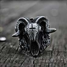 купить Vintage Satanic Demon Skull Ring 316L Stainless Steel Ring Punk Biker Rings for Men Fashion Jewelry дешево