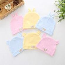 Los bebés recién nacidos neumáticos de color puro doble algodón bebé sombrero recién nacido dibujos animados oso patrón gorras