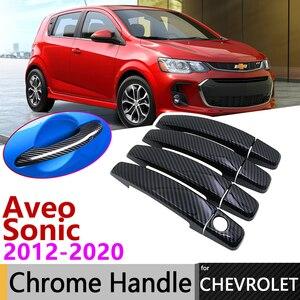 Черная накладка на дверную ручку из углеродного волокна для Opel Chevrolet Sonic Aveo Barina 2012 ~ 2020 2013 2014 2015 2016 2017 2018 2019, аксессуары, наклейки, комплект хром...