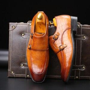 Image 4 - 男性ドレスシューズ手作りパティの結婚式靴メンズフラットレザーオックスフォード正式な靴