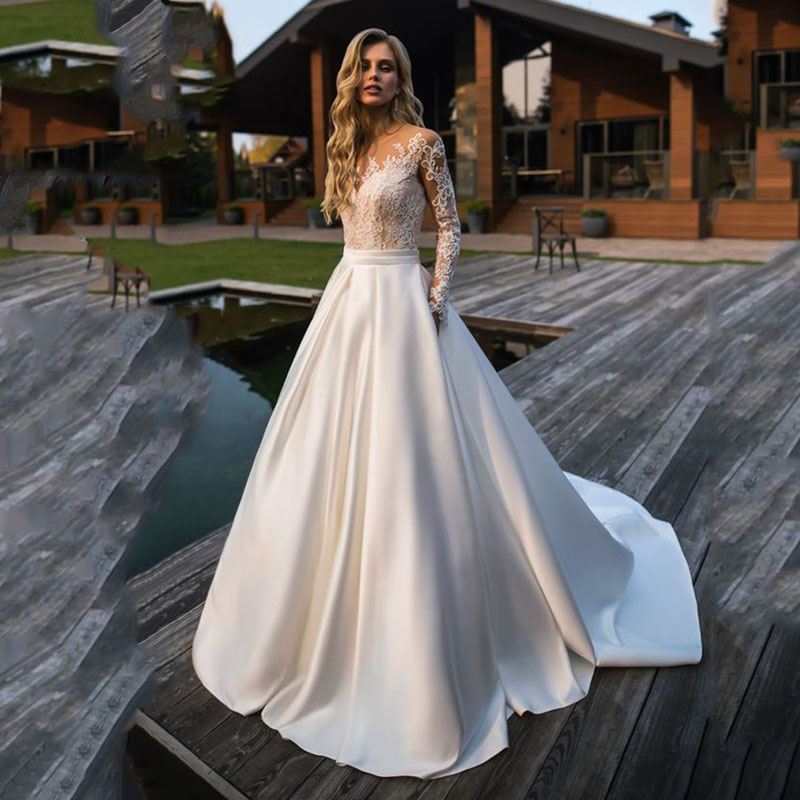 LORIE Wedding Dress 2019 Long Sleeves Beach Bride Dress Appliques Lace  Sexy See Through Back White Ivory Wedding Gown