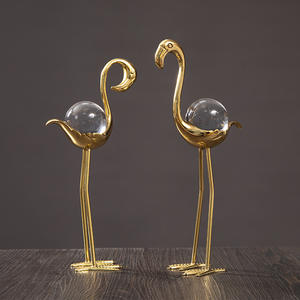 Abstract Copper Couple Flamingo Statue Handmade Flamingo Lovers Sculpture Crystal Ball Ornament Craftworks Decor Living Room