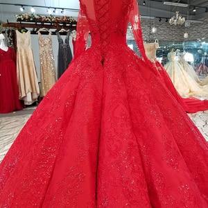 Image 2 - LS39411ความยาวสีแดงBridesชุดแต่งงานคอยาวTulleแขนยาวLace UpกลับราคาถูกPleatชุดราตรีจริงราคา
