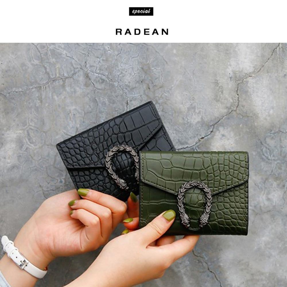 ผู้หญิงสั้นกระเป๋าสตางค์ 2019 Retro กระเป๋าสตางค์กระเป๋าสตางค์ผู้หญิงรูปแบบจระเข้หัวเข็มขัดกร...