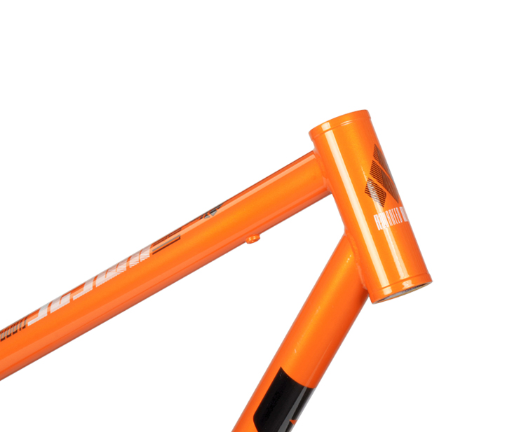 18-XM525-orange6