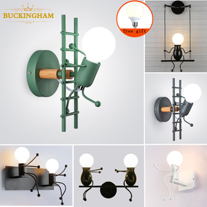 Nodic Wall Lamp Creative Small Man Iron Lights Metal Simple Cartoon Robot Sconce Lamps For Indoor Art Decor Light