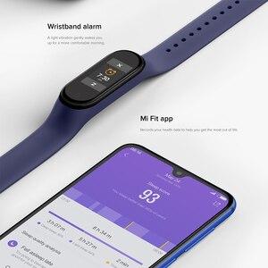 Image 3 - Оригинальный Xiaomi Mi Band 4 глобальная Версия смарт Браслет фитнес браслет Miband Band 4 пульсометр 3 цвета экран Smartband