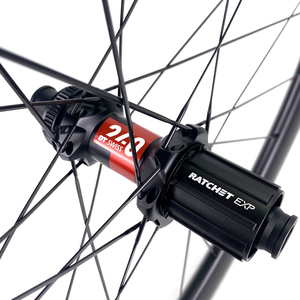 Image 5 - ELITEWHEELS DT Swiss 240 Series 27.5er MTB ruote 40*30mm Downhill DH Enduro Rim Hookless Tubeless JapanToray T700 fibra di carbonio