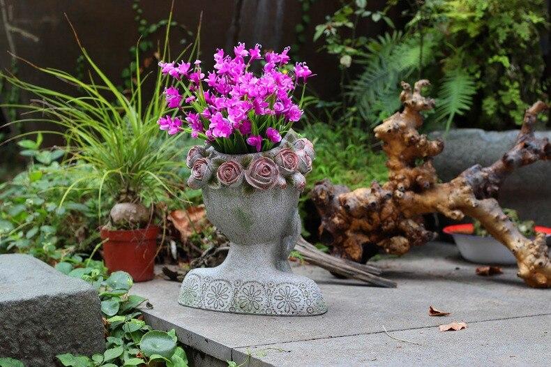 Home Decor Accessories Courtyard A Cat Stands Opposite The Girl On The Shoulder Of The Girl Statue Garden Sculpture Flower Pot Pakistan