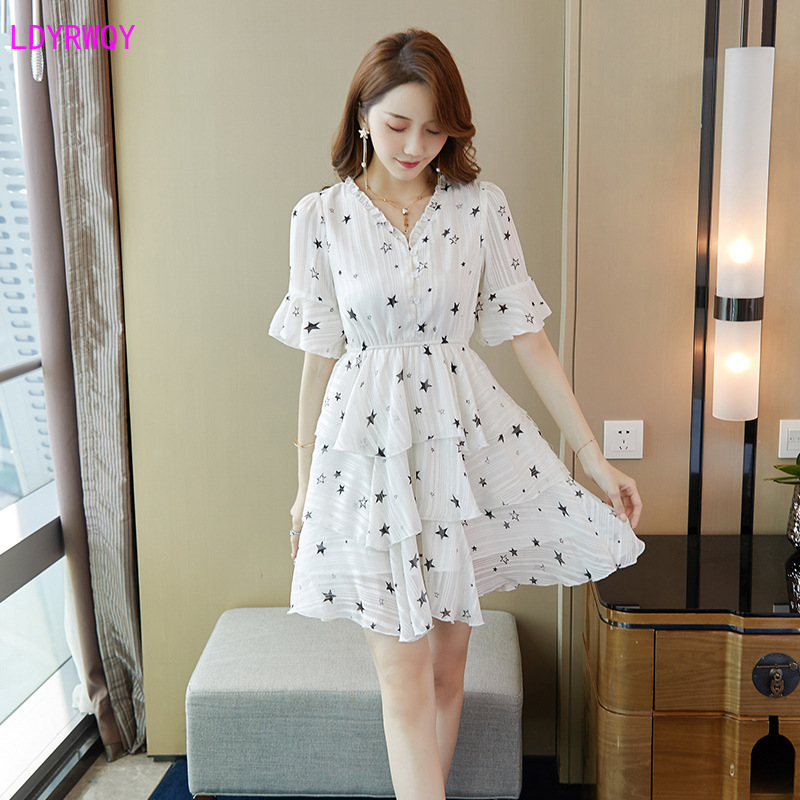 2019 Korean version of the summer new women 39 s fashion v neck lotus leaf short sleeved fresh sweet floral chiffon A line dress in Dresses from Women 39 s Clothing