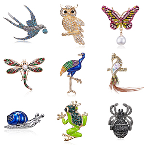 Vintage Bling Rhinestone Owl Butterfly Dragonfly Frog Bird Brooches Women Men's Collar Pins Corsage Animal Badges Jewelry Gift