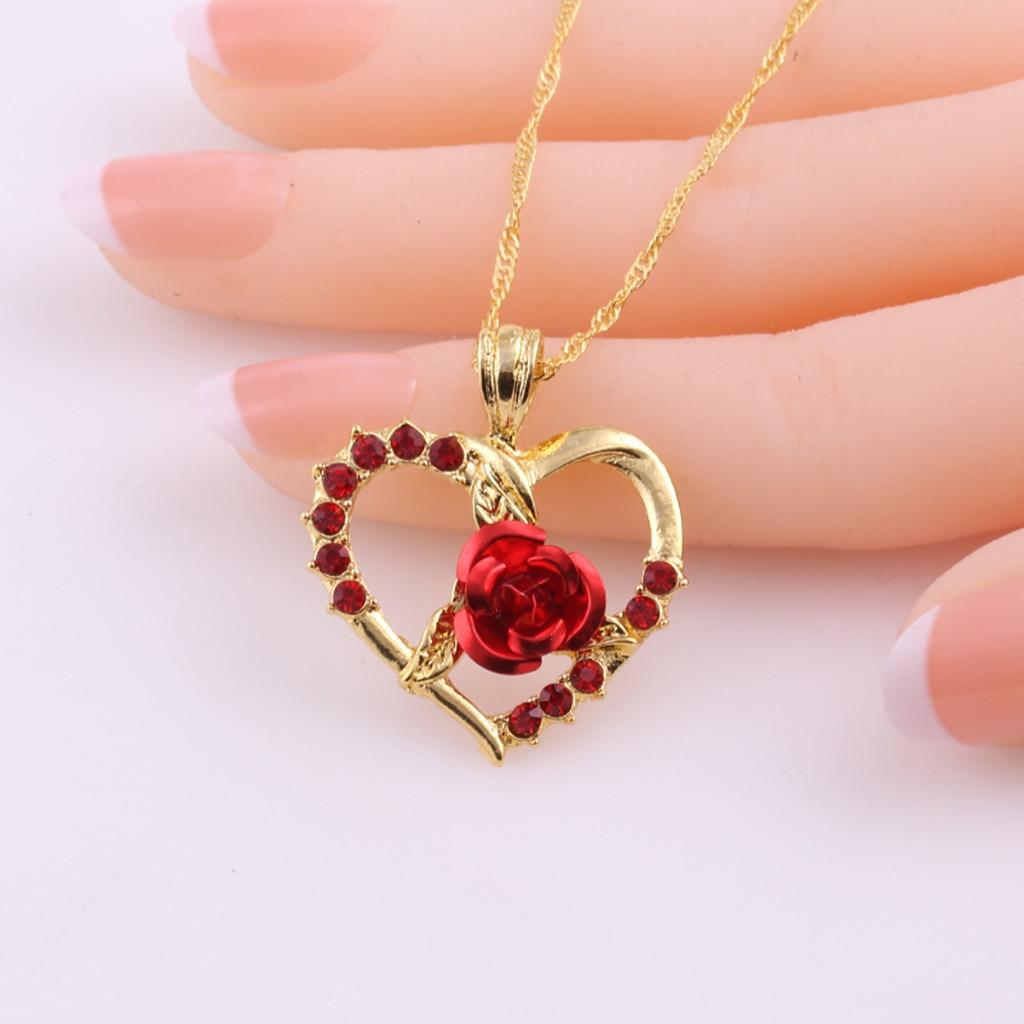Collier zircon roses rouges pendentif en forme de coeur 4