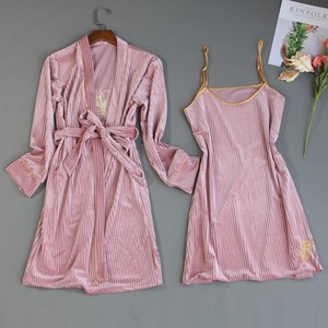Image 5 - 2019 ฤดูใบไม้ร่วงฤดูหนาว 4 ชิ้นชุดนอนสตรีชุดกำมะหยี่ชุดนอนชุดนอนเย็บปักถักร้อยชุดนอนสปาเก็ตตี้สายคล้องคอ Sleep Lounge Pijama