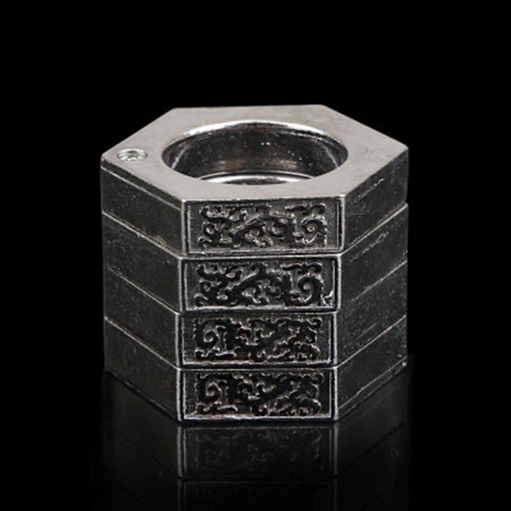 Creative Foldable 4 Fingers Ring Multifunctional Self-defence Window Breaker ~Z
