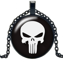 2019 New Movie Surrounding White Skull Necklace Jewelry Pendant Crystal Convex Round Glass Childrens Gift